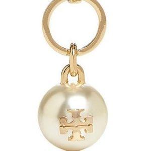 Tory Burch Key Charm Logo Pearl Drop